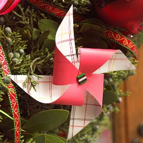 Pretty-Paper-Christmas-Craft-Decoration-Ideas_03