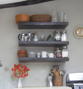 Accessories-on-kitchen-shelving