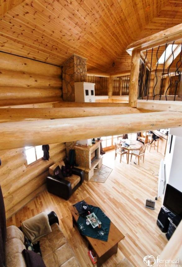 Proiecte de case din lemn rotund33