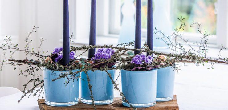 decor cu flori de violete