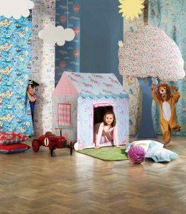 copii joaca indoor