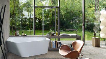 baie cu pereti din sticla