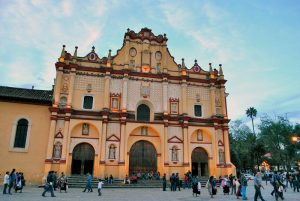 catedrala din San Cristobal de las Casas Mexic