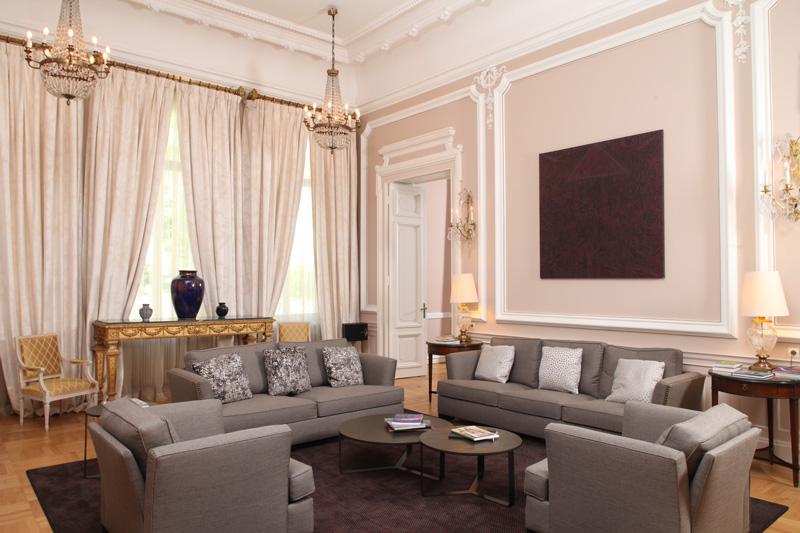 ambasada-salon