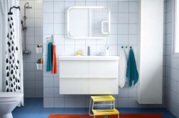 accente de culoare in baie