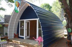 casutele-arcuite-arched-cabins-980x600