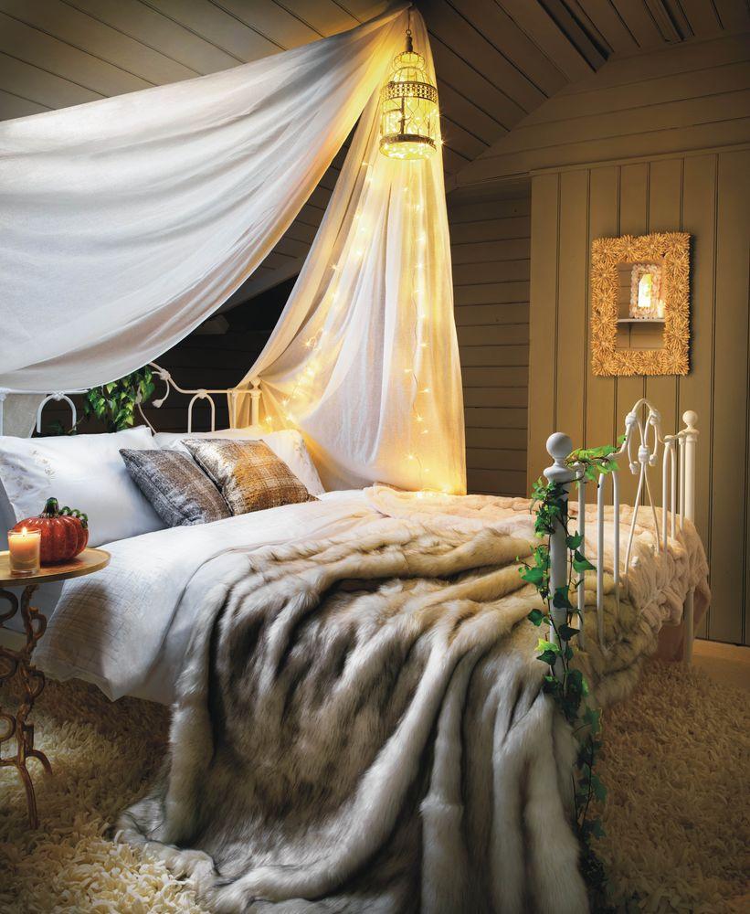 dormitor cosy cu baldachin