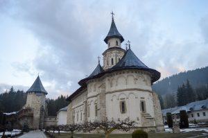 biserică în Moldova