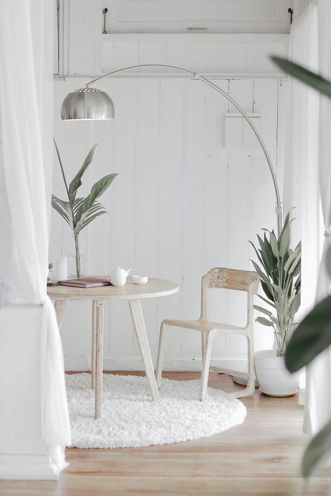 Beneficiile stilului minimalist. Sfaturi, idei și argumente
